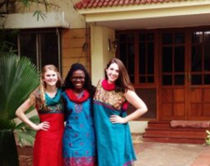 Honors stuydents Sarah Irsik, Sarah Mbiki, and Emily Boaz